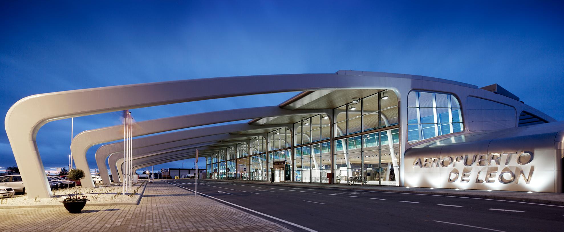 Aeropuerto-de-Leon.-Bronce-Metallic_01_1585826986.jpg