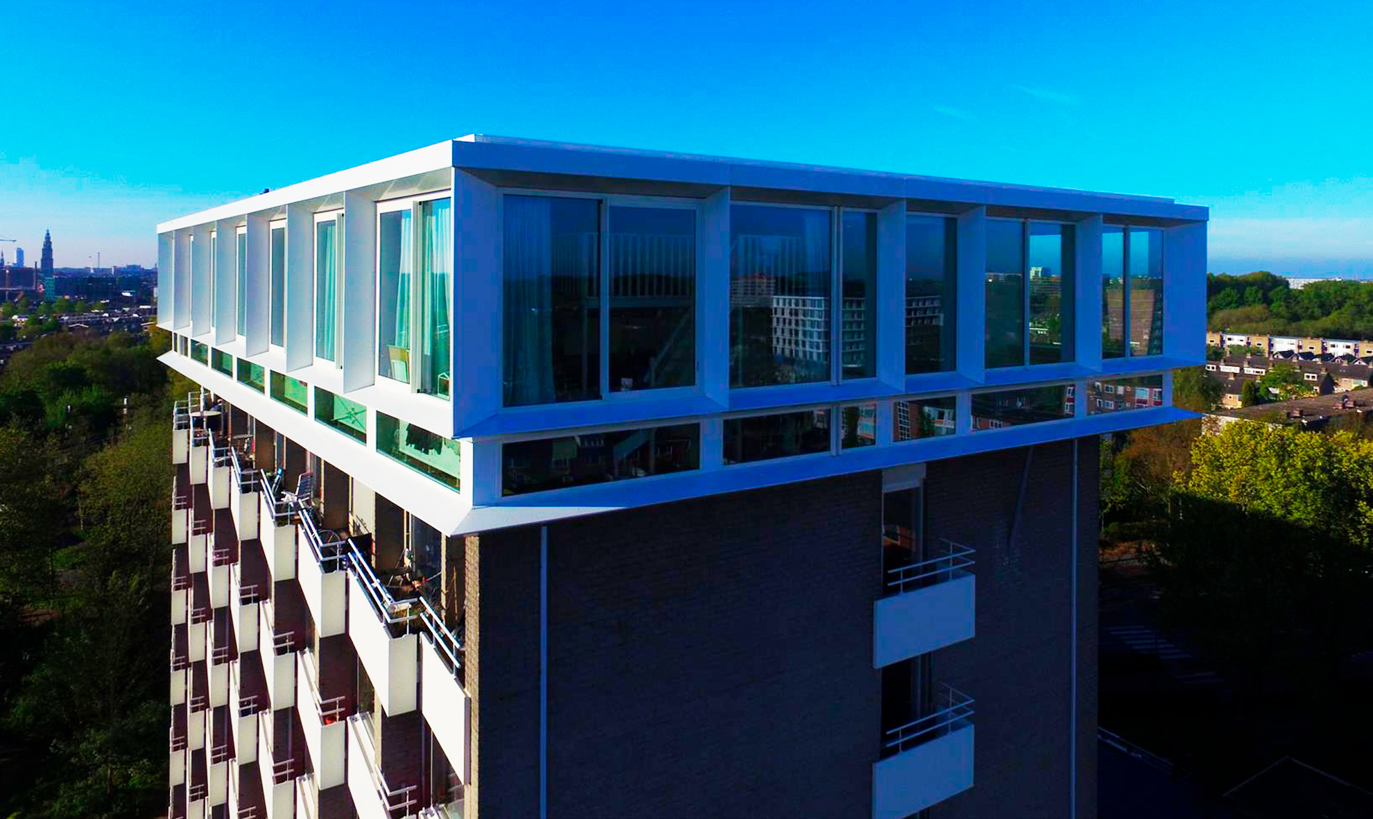 Edificio-Utopia.-Groningen-Holanda.-larson-4-mm-FR-Pure-White-6_1591026717.jpg
