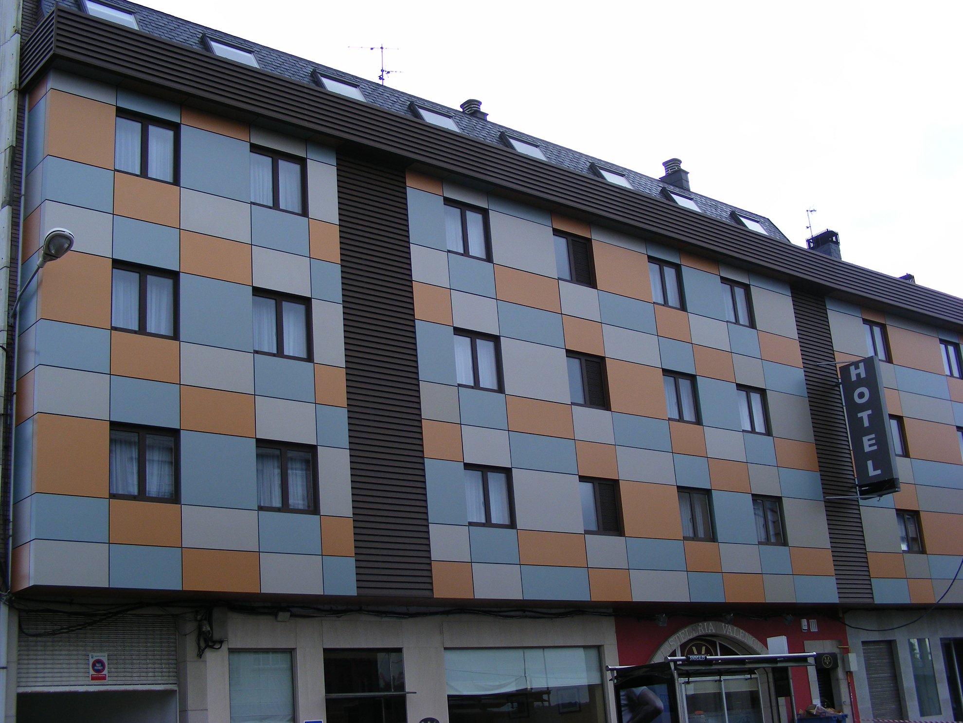 Hotel-Rio-Mio.-Crta-Catabois-Ferrol-Espaa.-larson--2_1585841195.jpg