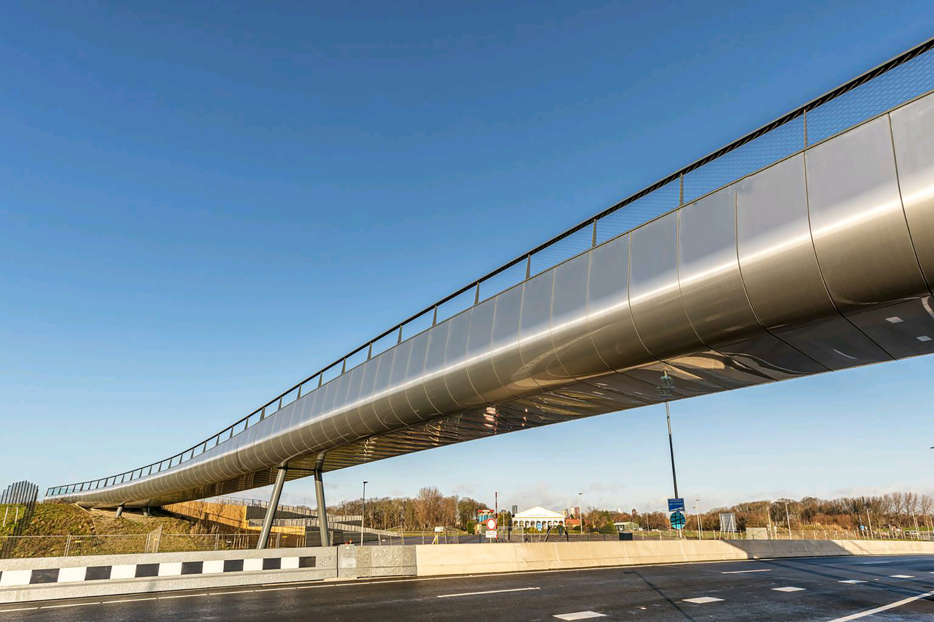 Loopbrug-Drievliet-Bridge-Den-HaagNL-larson-FR-6mm-Alunatur-bright-TL_1_1622637003.jpg