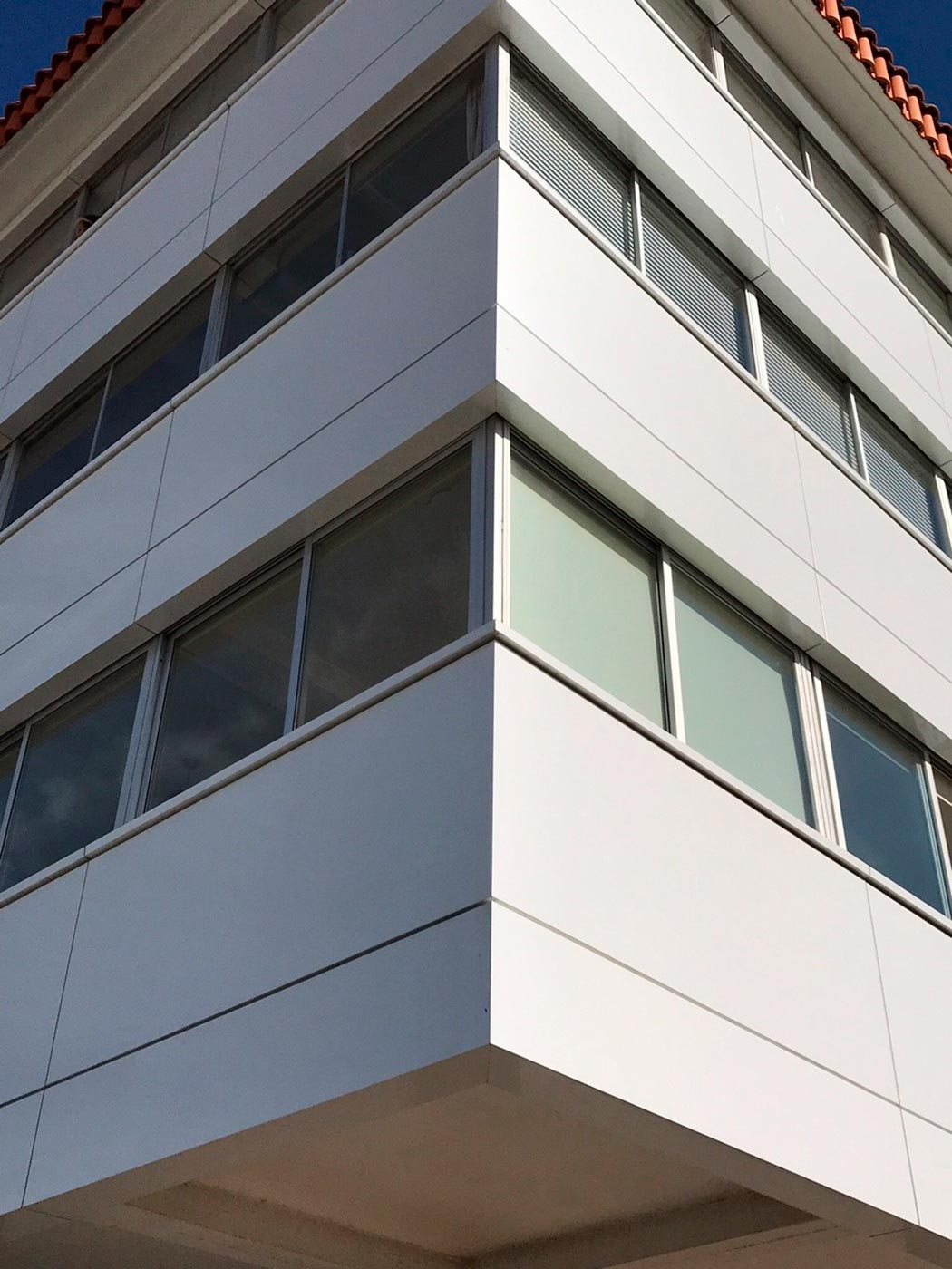 Reahabilitacin-viviendas.-Baiona-Pontevedra.-larson-FR-Holo-white---Silver-6_1592393444.jpg