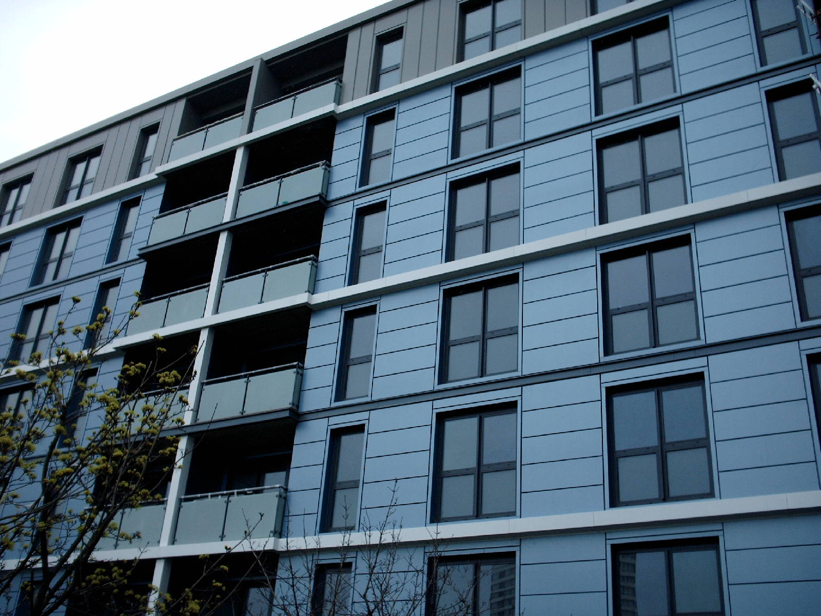 Stratford-High-St-London-UK-Larson-PE-PVdF-2500m_1591087441.jpg