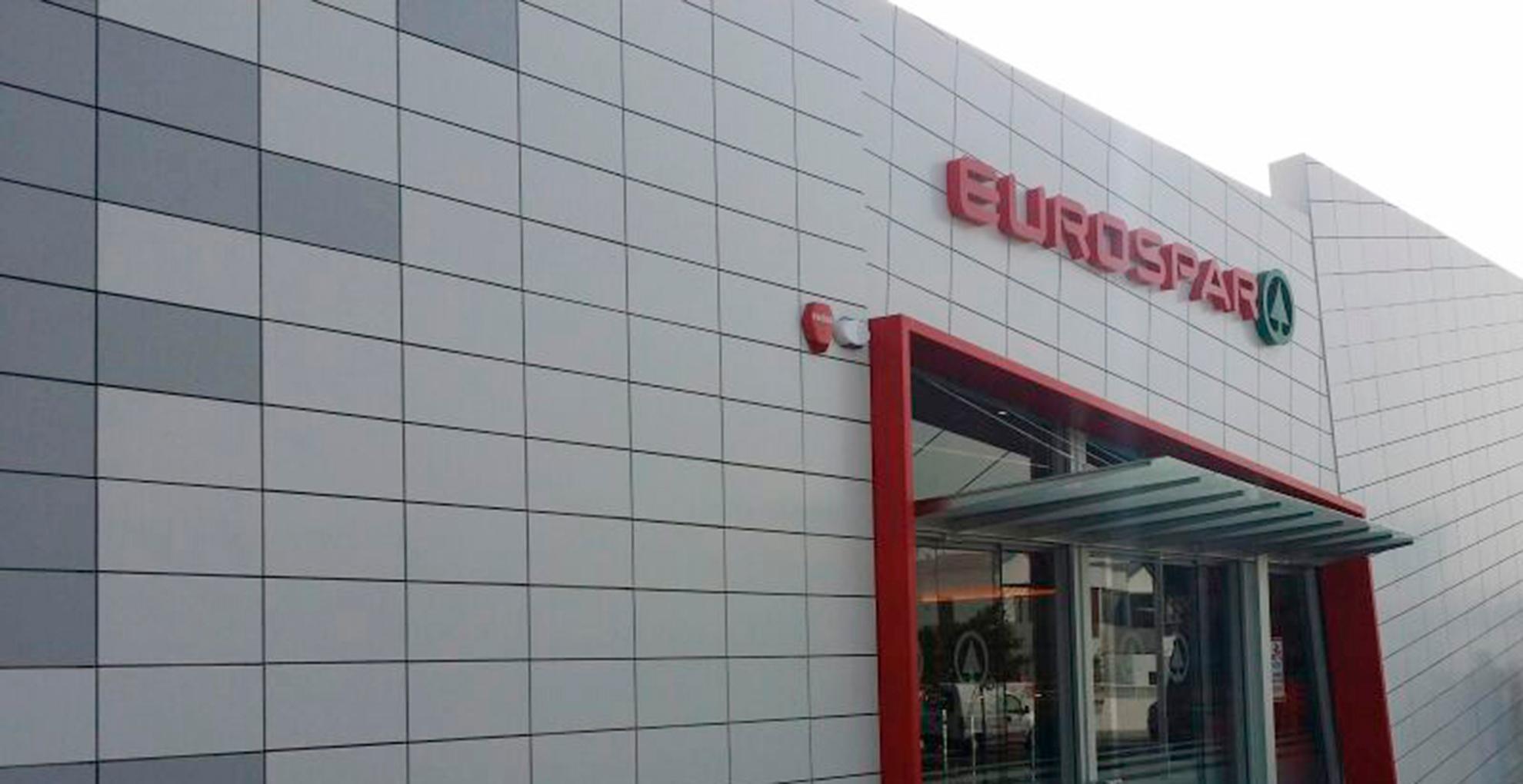 Supermercado-SPAR.-Lanzarote-Espaa.-larson-FR-2_1585908320.jpg