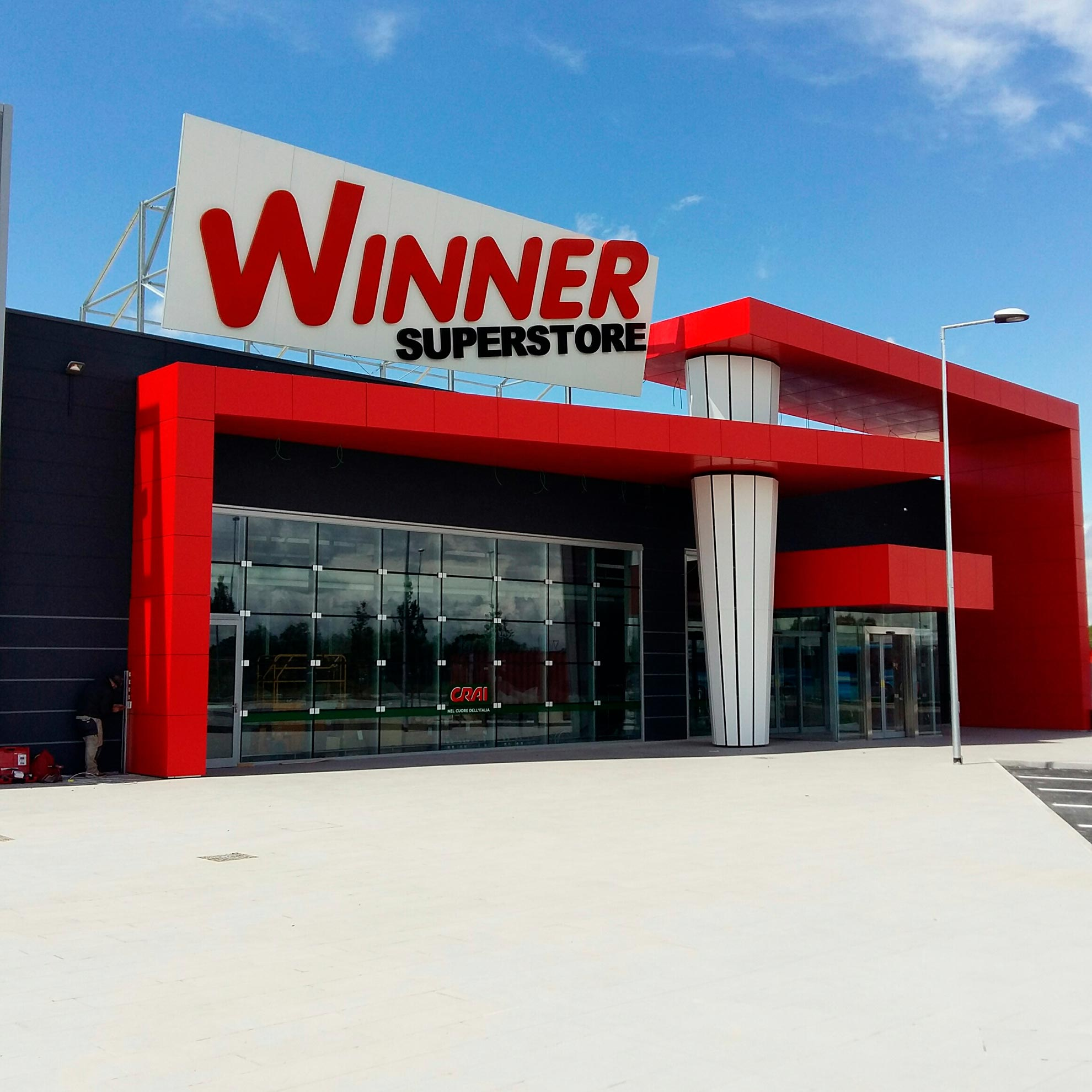 Supermercado-Winner-Superstore.-Venecia-Italia.-larson--2_1591964847.jpg