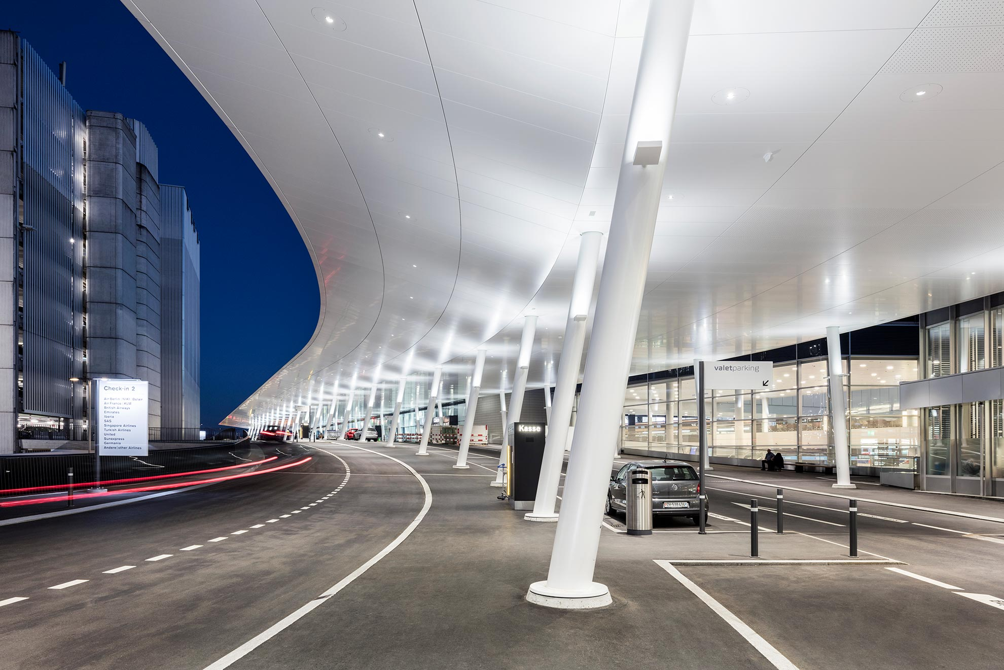 Aeropuerto-de-Zurich-Suiza.-Larcore-A2-20mm.-8000m2-3_1592296972.jpg