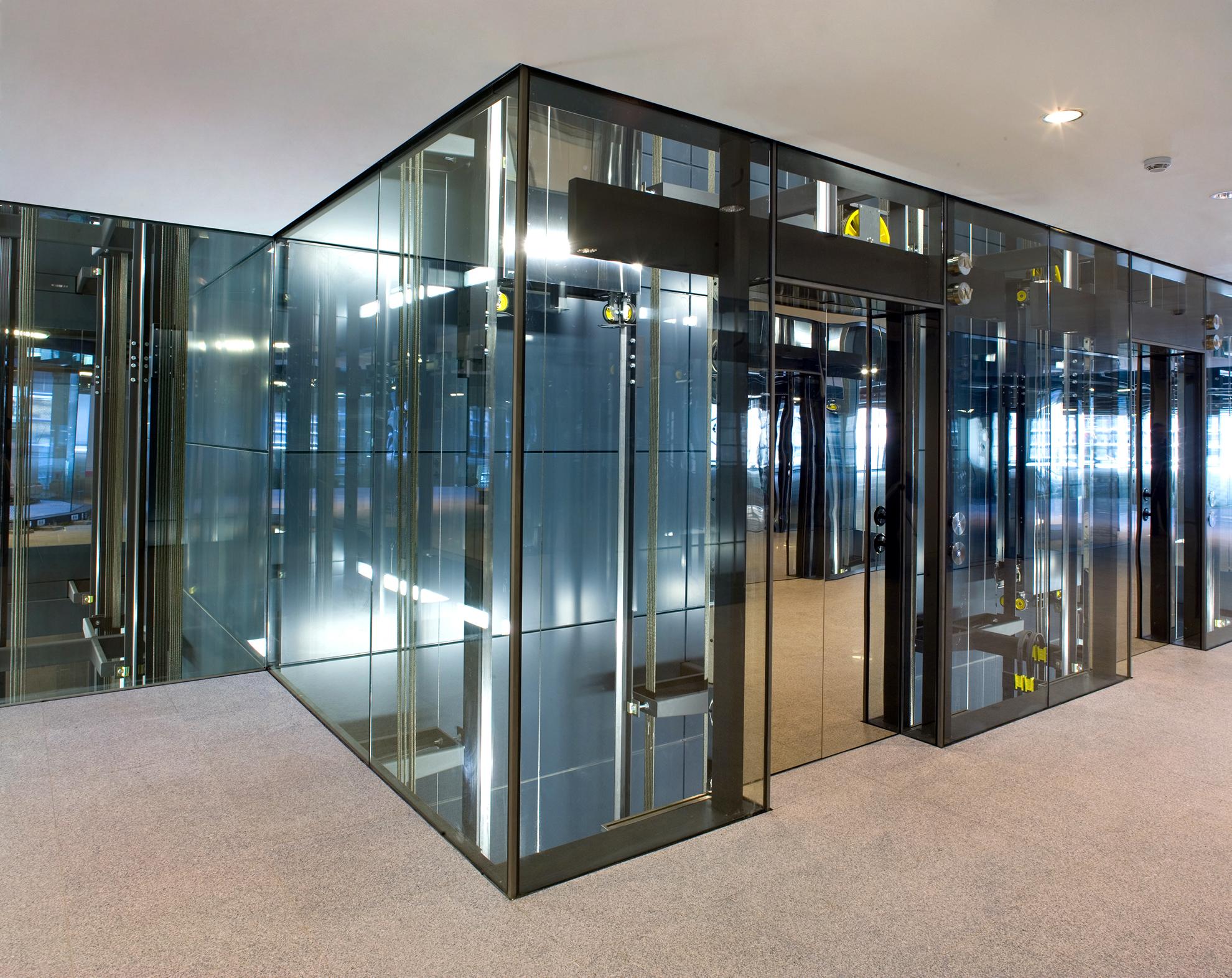 ELEVATORS-The-Walbrook.-London-UK.--PE-Black-Grey-7021_04_1583858650.jpg