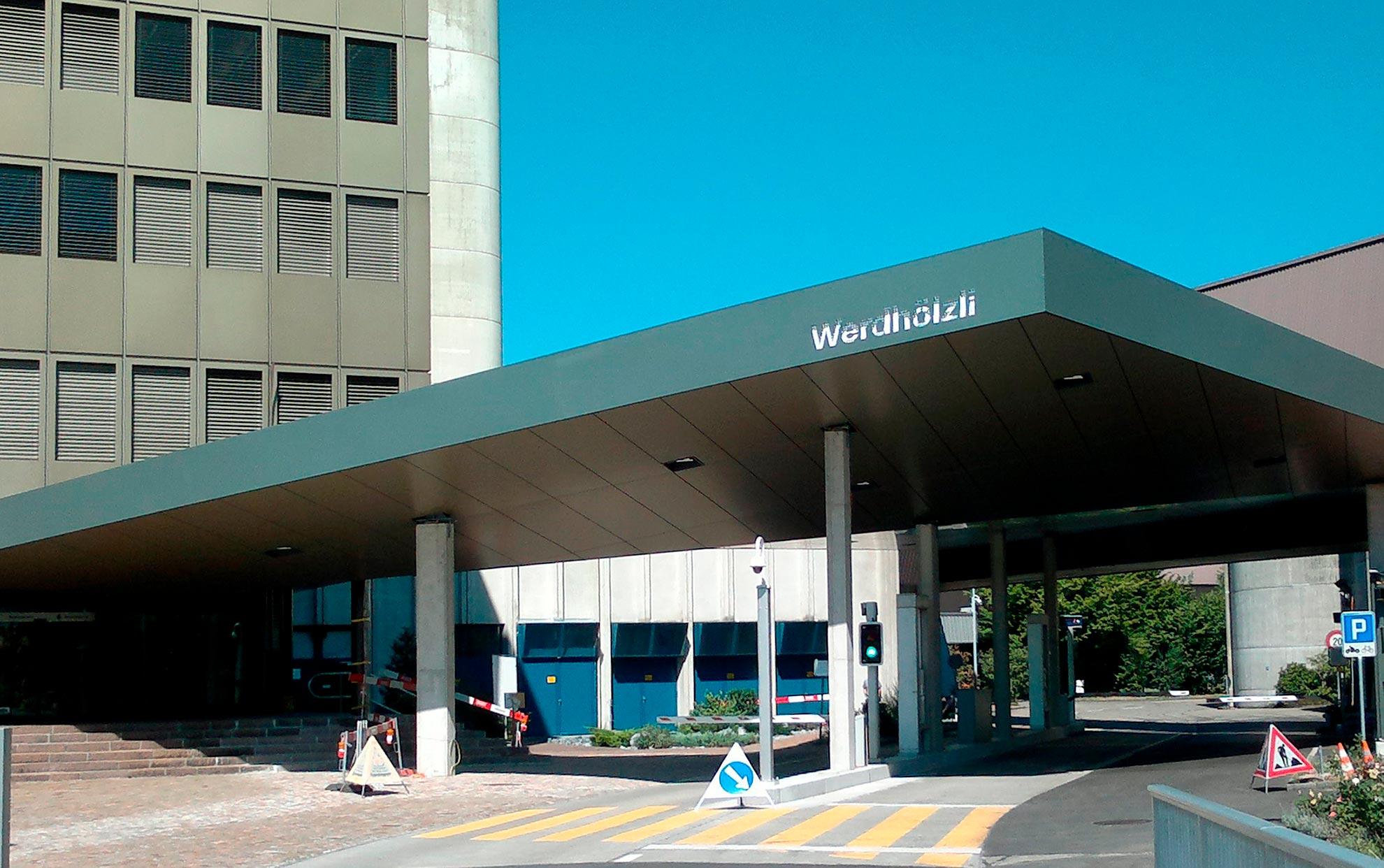 Edificio-ERZ-Werdhzli.-Zurich-Suiza.-Larcore-14mm-PVdF-bronze-metallic-01--2_1591103215.jpg