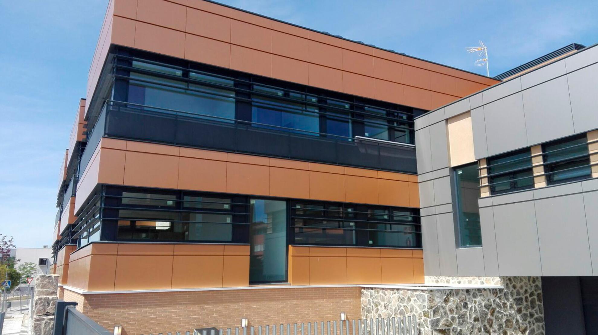Edificio-Municipal-Multidisciplinar-de-Miramadrid-2_1585901606.jpg