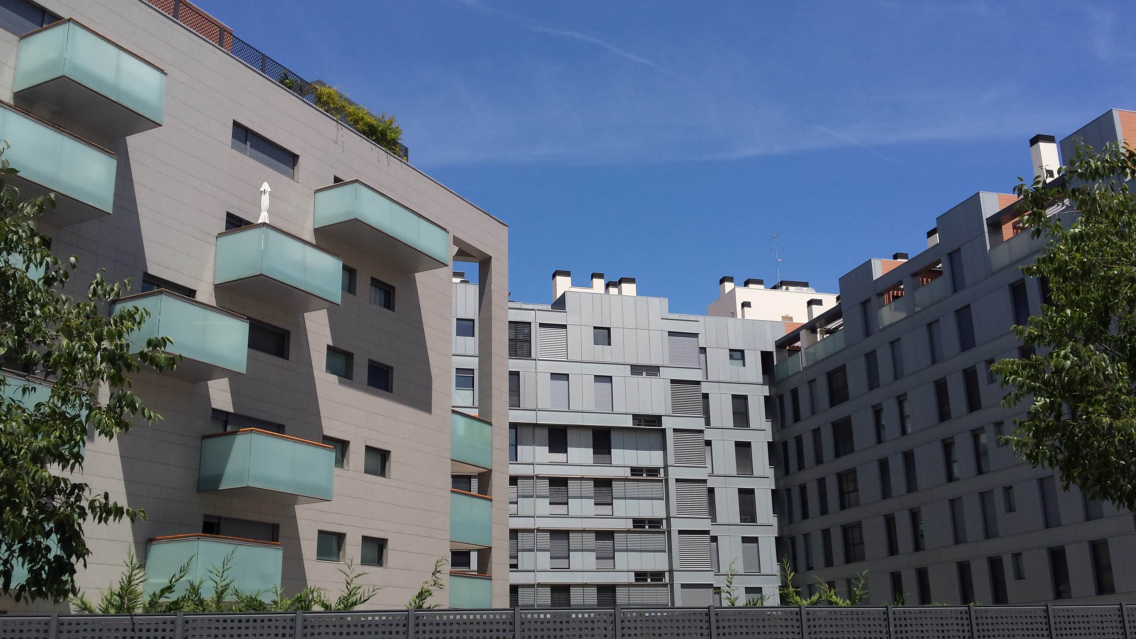 Edificioviviendas.MadridEspaa.larsonmetals9_1535709982.jpg