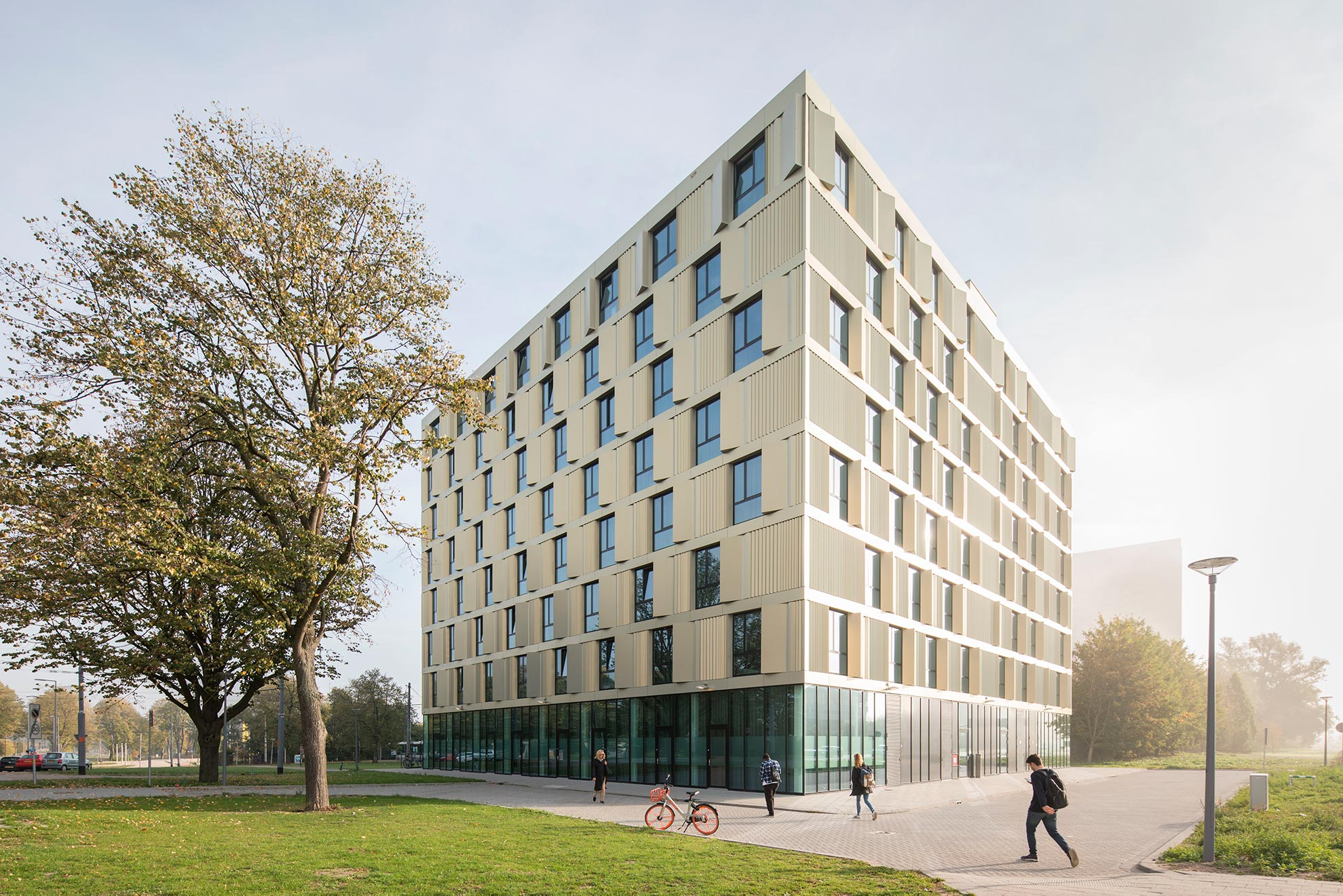 Erasmus-Campus-Student-Housing-by-mecanoo-architecten-1_1591882038.jpg