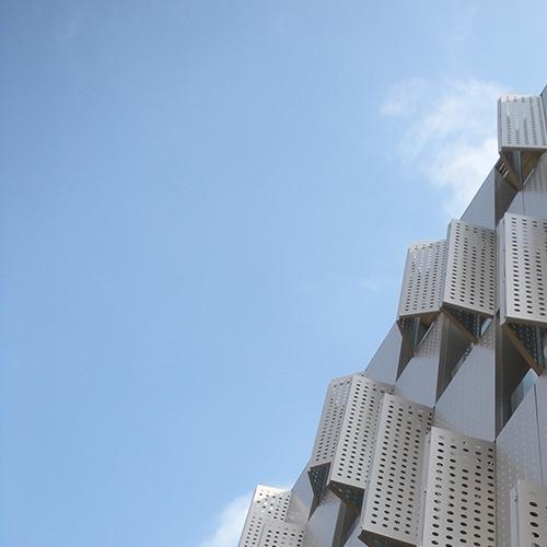 Centre-Blauclinic--Residencia-Socio-sanitaria.-Barcelona-Espaa.-larson-FR-Bronce-Metallic-5_1585822063.jpg