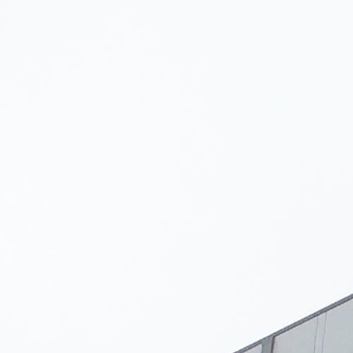 Sede-EON.-Rotterdam--Holanda.-larson-4mm-PE-HQPE-Silver-Metallic--Traffic-Glossy-1--1_1591958812.jpg