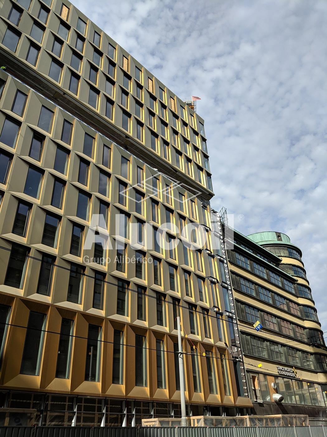Royal Hotel the Hub
